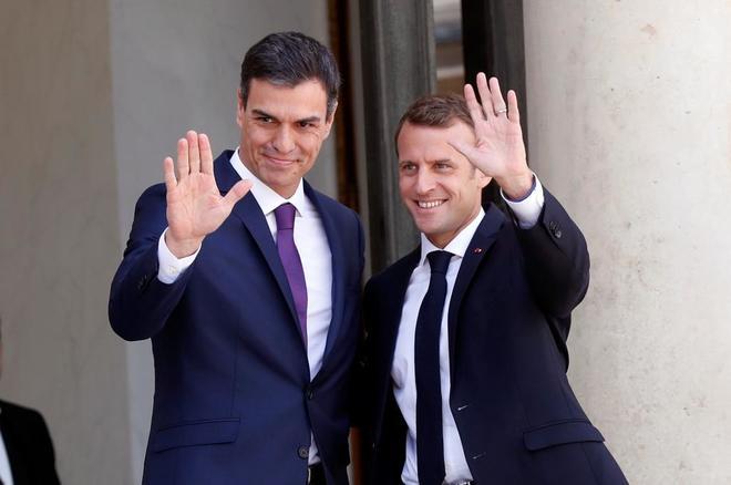 Эммануэль Макрон и Педро Санчес провели деловую встречу