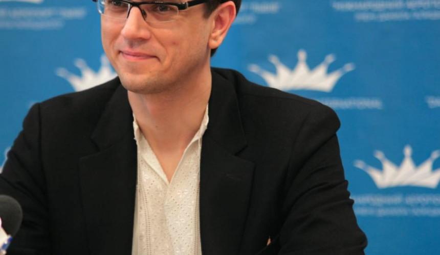 Владимир Омелян пригрозил недобросовестным туроператорам и авиакомпаниям лишением лицензии и проверками