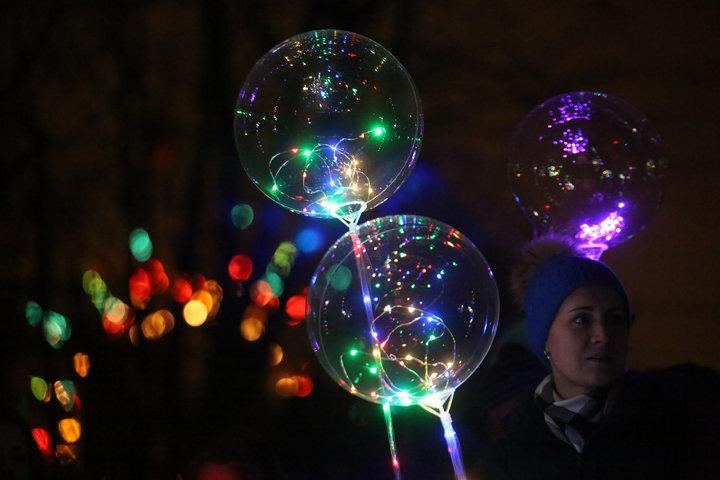 Фестивали водных фонарей и светящихся шаров, посадка сакуры. Куда сходить в выходные в Витебске