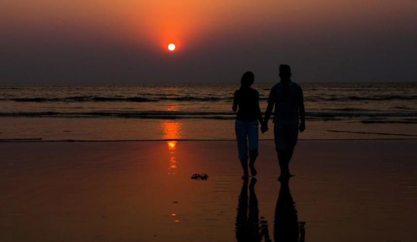 Туристов оштрафуют за ночные купания и распитие алкоголя в Гоа