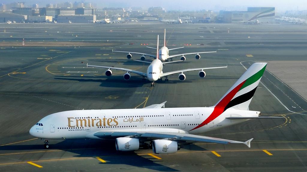 Emirates планирует убрать иллюминаторы из самолета