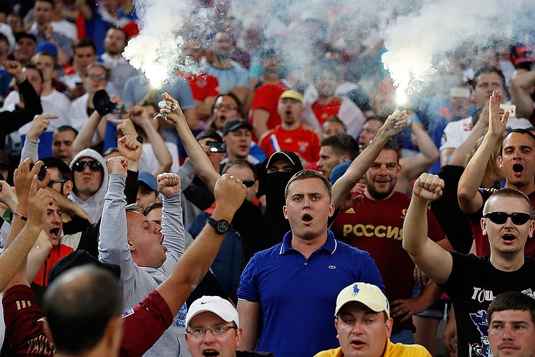 АТОР: 90% въездных туристов испугаются футбольных фанатов