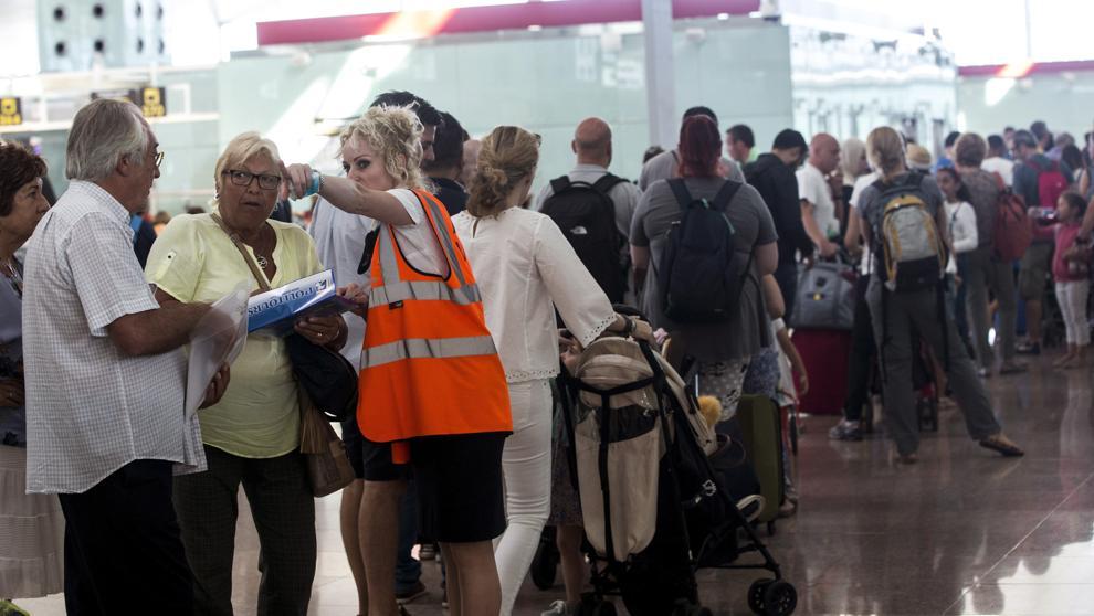 Сектор авиаперевозок Европы готовится к лету забастовок