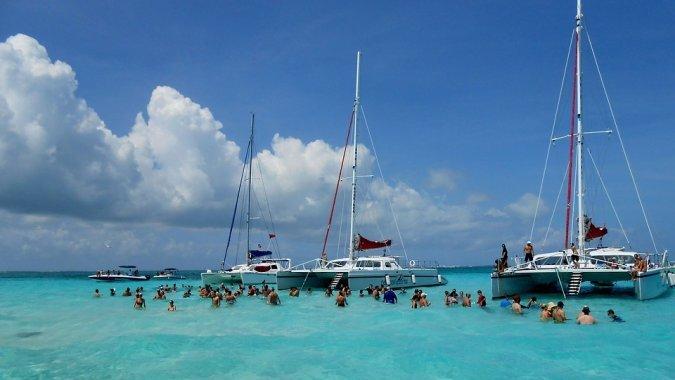 Карибские острова предлагают ураганные гарантии