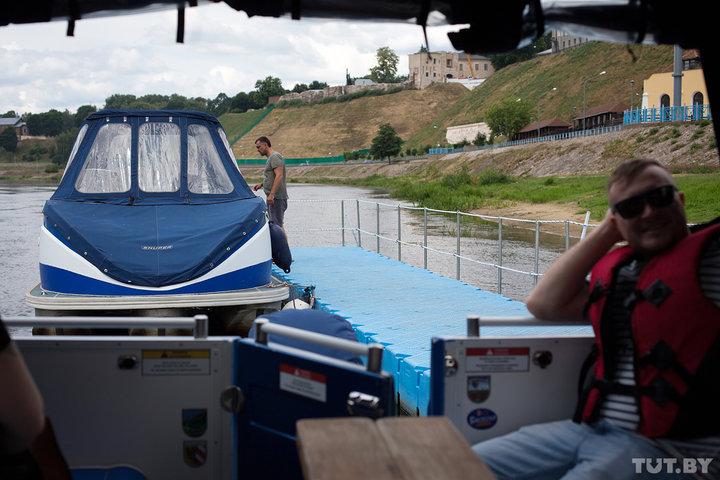 От моста и до моста. Как работает первое речное такси в Гродно