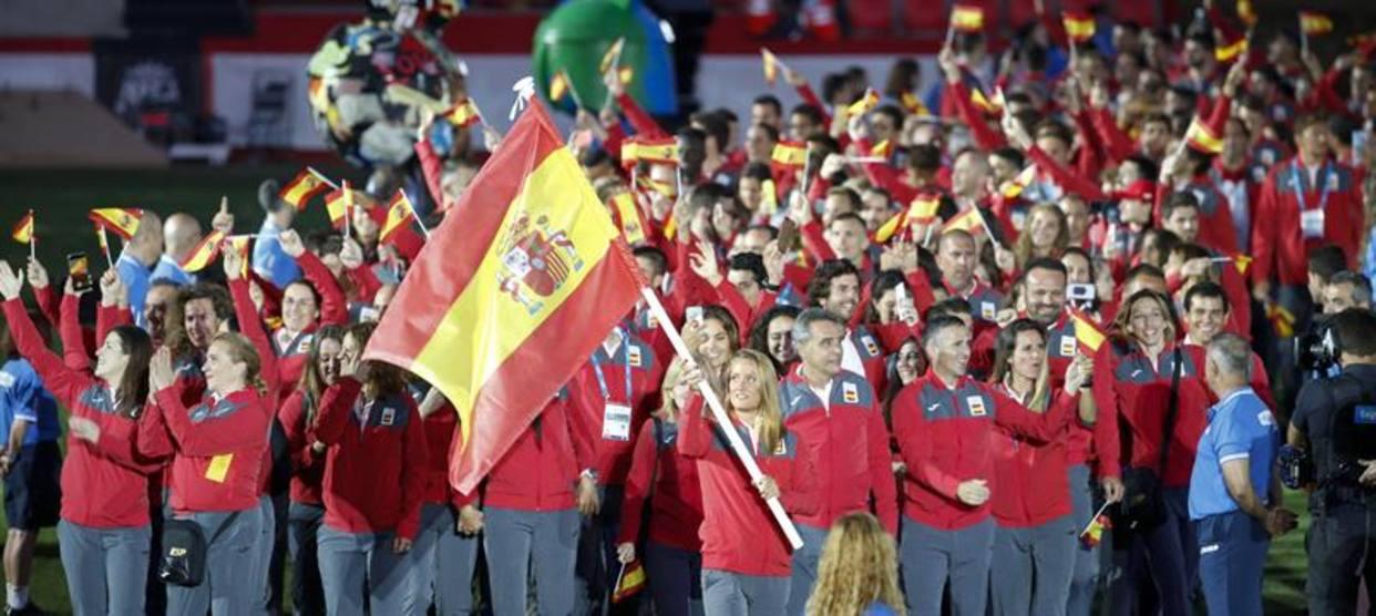 Каталонский канал TV3 принес извинения своим телезрителям за демонстрацию испанских флагов во время открытия Средиземноморских игр-2018