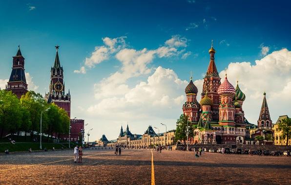 В 2017-м Москва приняла около 130 тыс. туристов из Франции