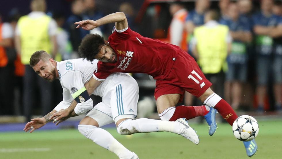 Футболисту «Реала» угрожают расправой после жесткого единоборства с египетским нападающим
