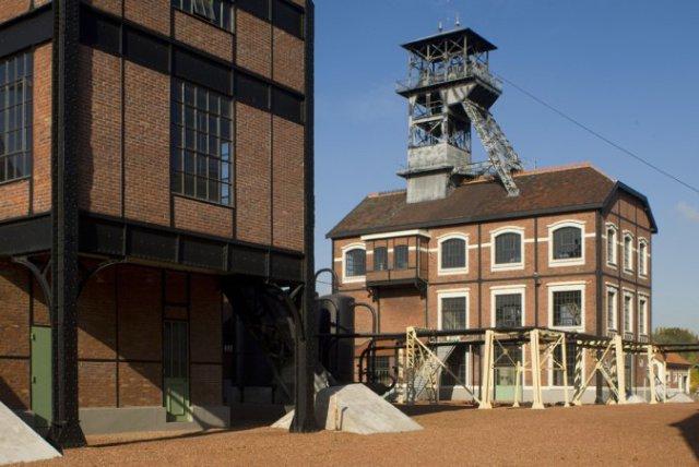 Столетнюю шахту превратили в арт-объект с отелем