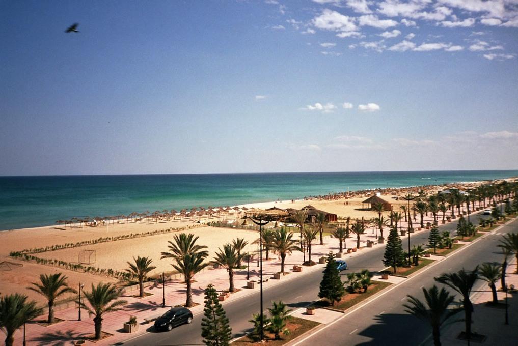 В 2018 году Тунис ждет 8 млн иностранных туристов