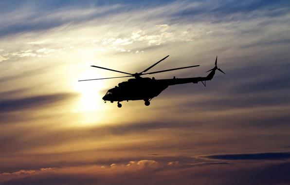 Из-за сломанного фуникулёра 400 туристов пришлось эвакуировать вертолетами