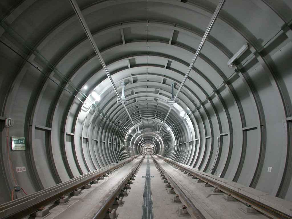 Половина станций Metrosur в Мадриде закрылись на ремонт до середины октября