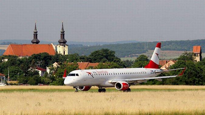 Брно ищет авиакомпанию для полетов во Львов