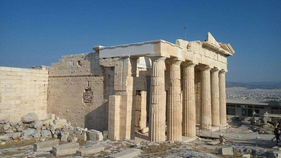 Власти Греции: российским туристам в Афинах ничего не угрожает