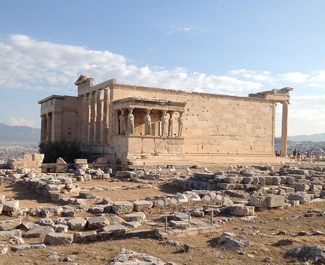 Акрополь закрыли для туристов из-за аномальной жары