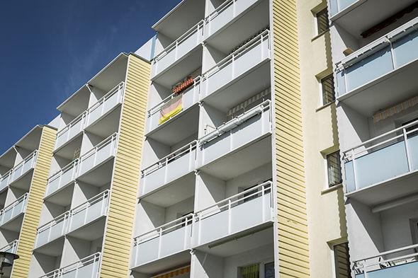 В Испании начали штрафовать туристов за балконинг