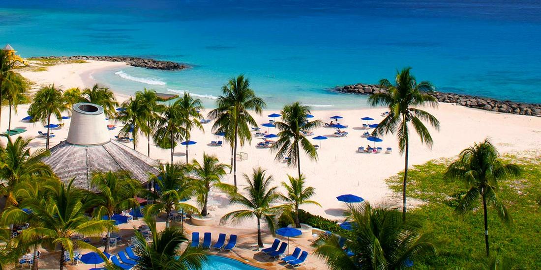 На Барбадосе для туристов вводят сразу два налога
