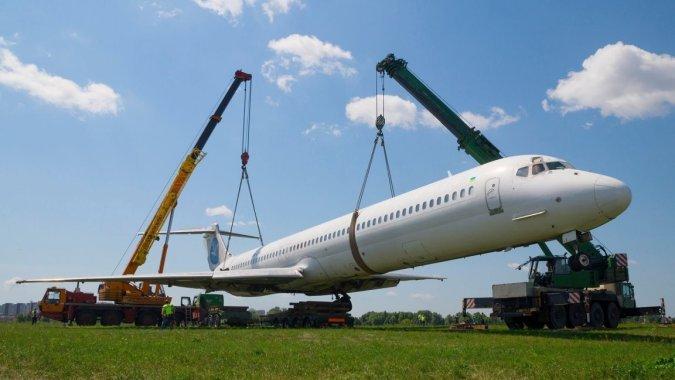 Аэропорт Киев обвиняет НАБУ в аварии самолета