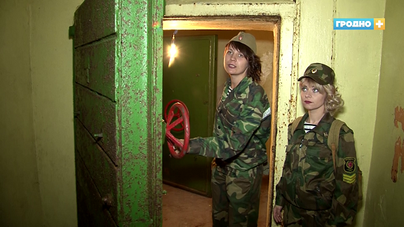 В Щучине открыли для туристов некогда засекреченный подземный бункер