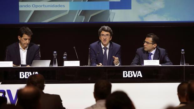 Экономика Испании продолжает расти, но необходимые показатели дефицита госбюджета в 2018 году не будут достигнуты