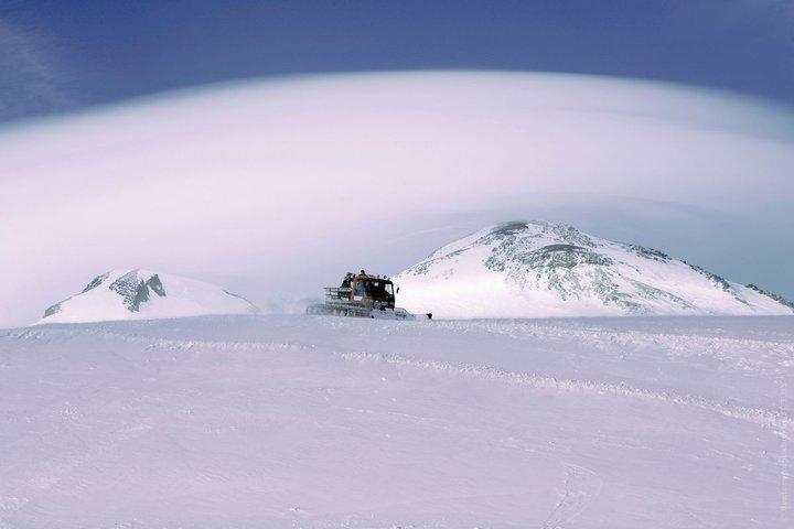 На Эльбрусе ищут сорвавшегося альпиниста. Вероятно, это белорус