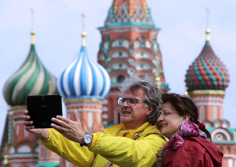 Кандидат в министры туризма от ЛДПР поддержал идею субсидий поездок интуристов в Россию
