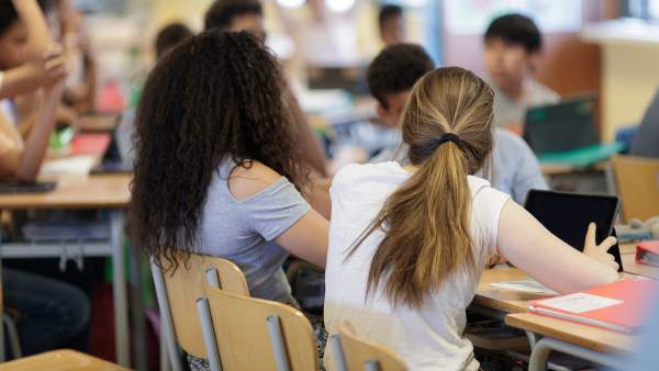 Дети иммигрантов в Каталонии имеют серьезные проблемы со сдачей выпускных экзаменов в средней школе