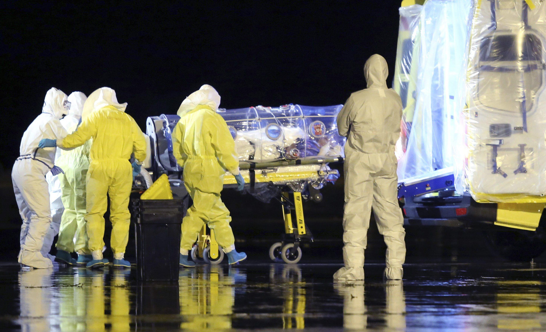 Три испанца могут помочь в создании универсальной вакцины против лихорадки Эбола