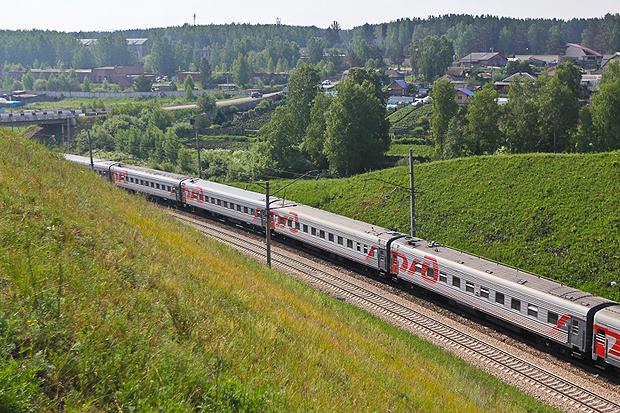 Туроператоры планируют запустить чартерные поезда в Крым