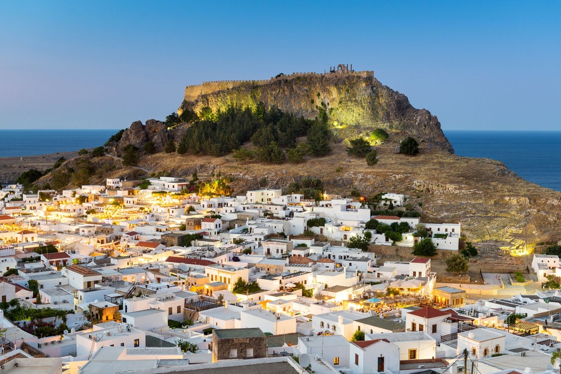 Пожары в Греции встревожили туристов, но не вызвали аннуляций