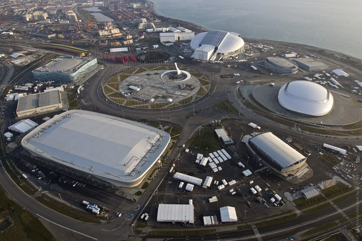 Олимпийские объекты Сочи. Декабрь 2013 года. Фото: Reuters