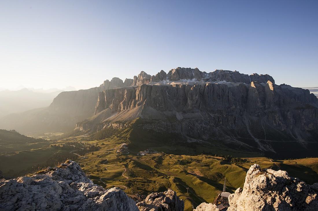 Италия ограничила доступ туристов к Доломитовым Альпам
