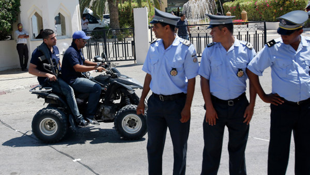 Два туриста из Ленинградской области пропали в Тунисе