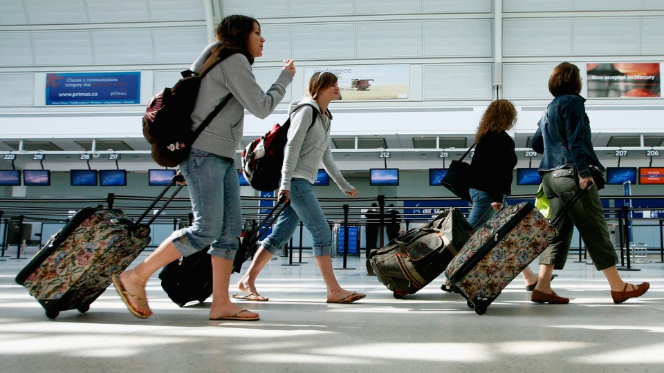 Все туристы чартерных рейсов Натали Турс вернулись в Россию