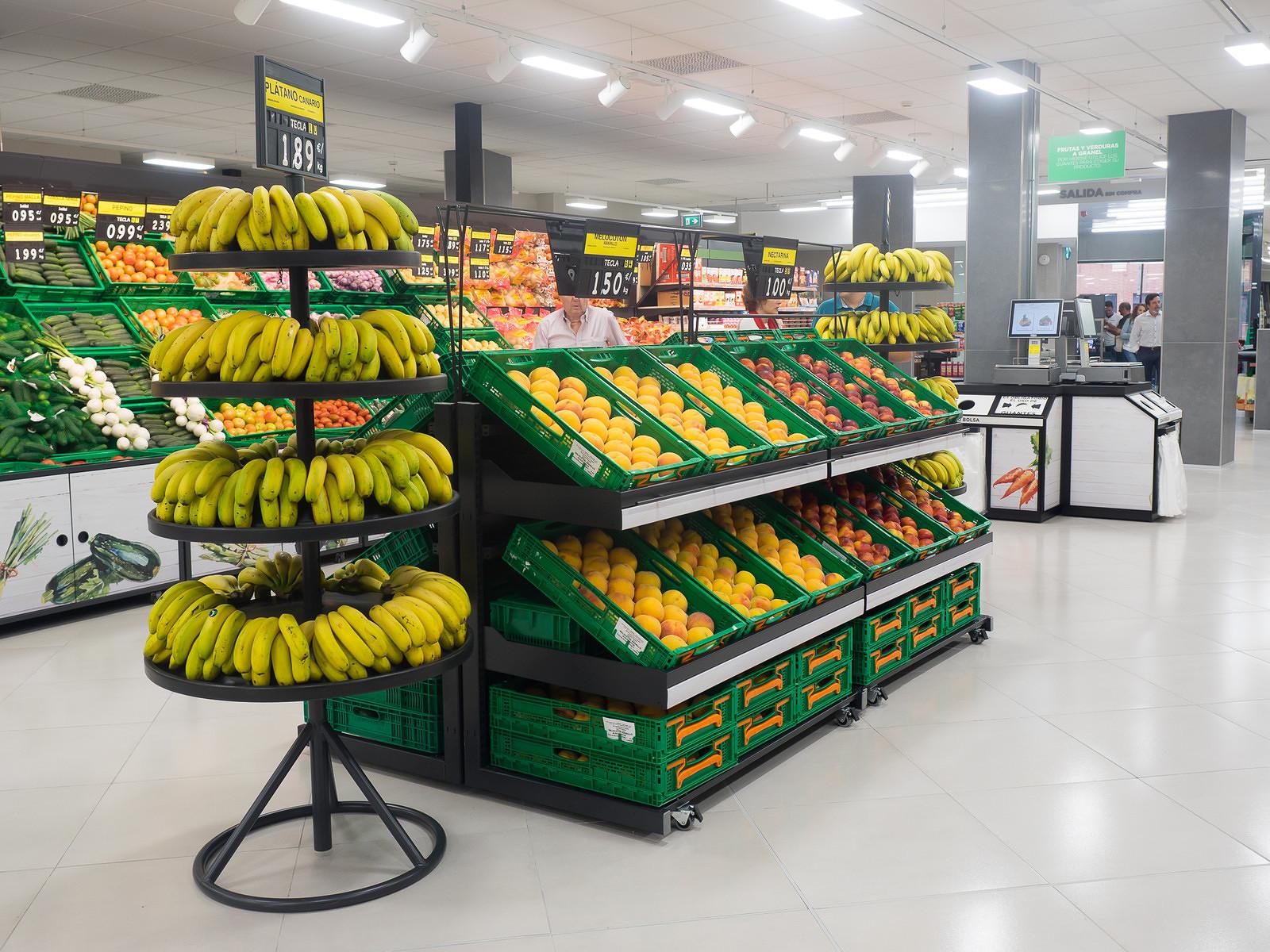 Свежие фрукты и транспорт сильнее всего подорожали в Испании за последний год