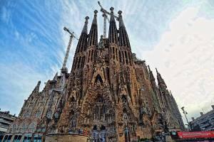 Стало известно, когда достроят Саграду-Фамилию в Барселоне