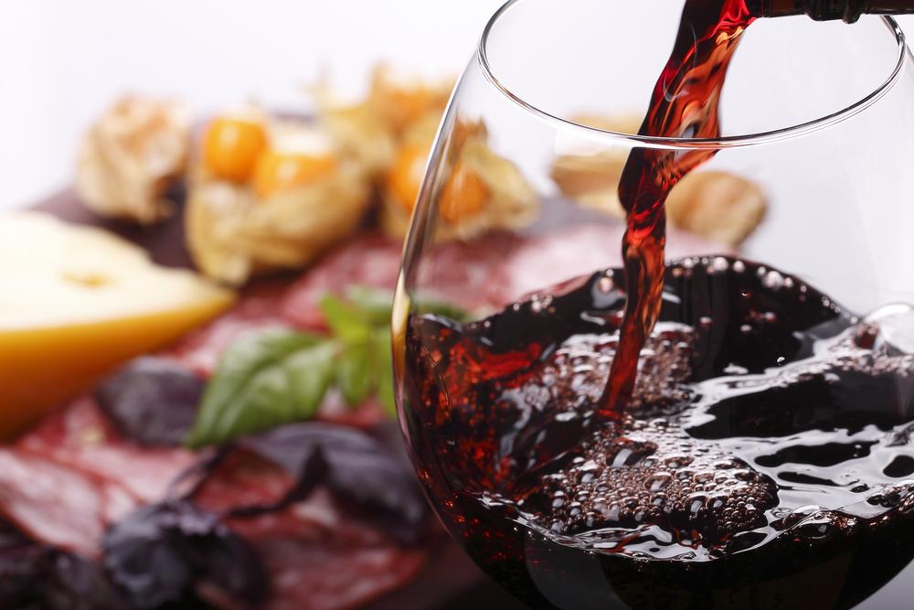 В этом году испанцы пьют больше хорошего вина