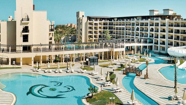 Странная смерть в Хургаде: 300 туристов эвакуированы из отеля