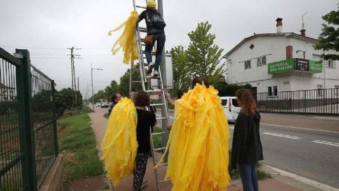 Штраф в 30 000 евро за желтые ленточки