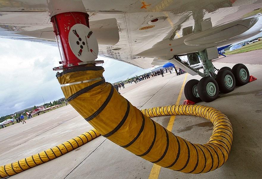 Американские авиакомпании массово отказываются от малодоходных направлений из-за удорожания керосина