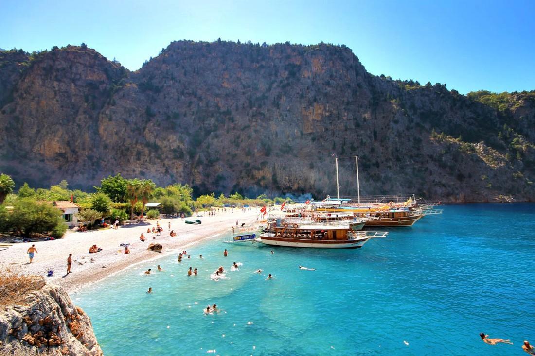 Китайские туристы показали почти 100% роста по Турции
