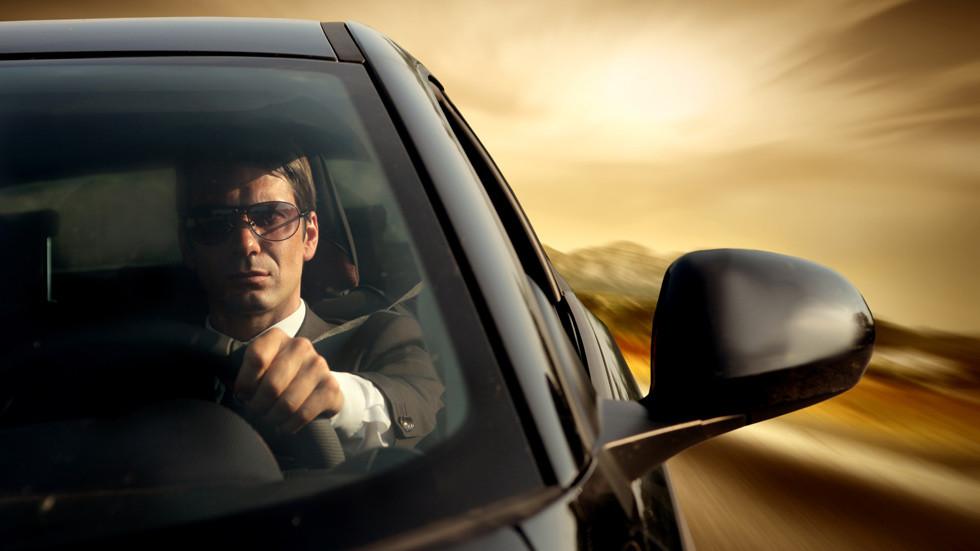 В августе в темное время суток ежедневно происходят около 50 дорожных аварий
