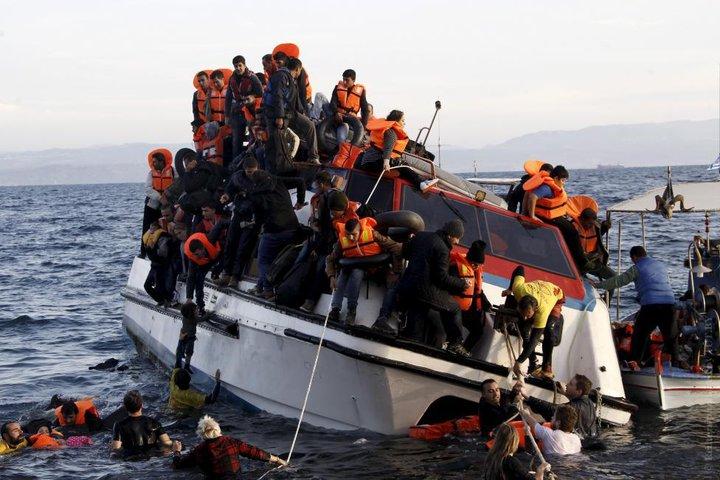 Крючок для моряков: как мафия из Украины организует перевозку нелегалов в Грецию