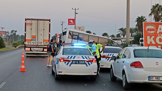 Подробности аварии от Anex Tour: виновник – водитель фуры, для туристов ищут обратные билеты