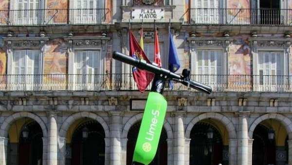Теперь в Мадриде есть новый вид транспорта – электрический самокат