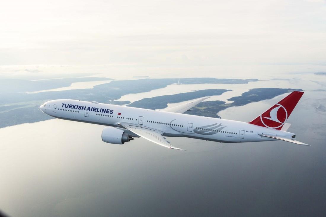 Контрсанкции коснулись туризма: Turkish Airlines присоединилась к бойкоту товаров из США