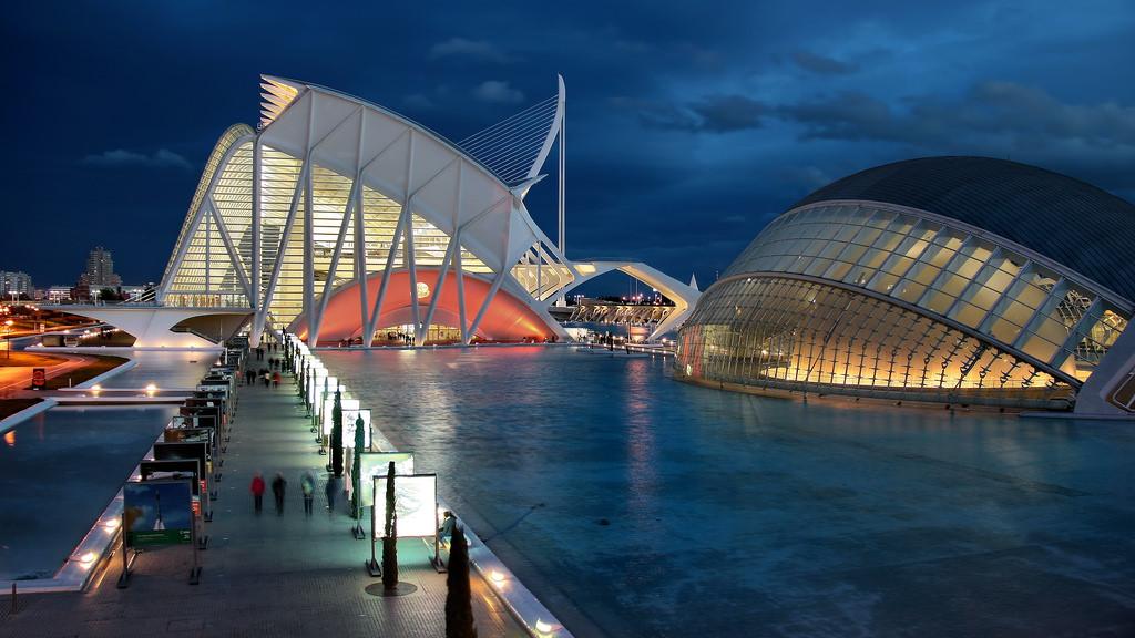 Число школьников, посетивших Город наук и искусств Валенсии, достигло 164 тысяч
