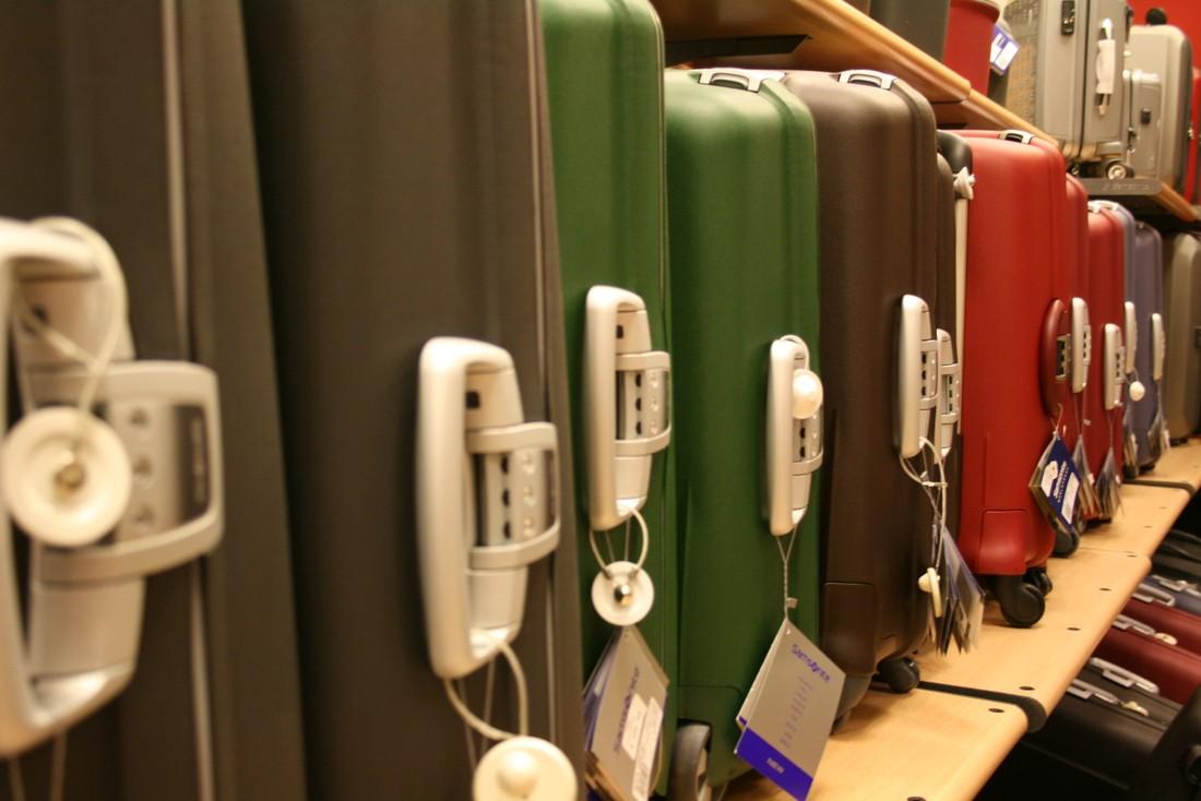 Страховщики: туристы чаще ломают багаж, чем теряют