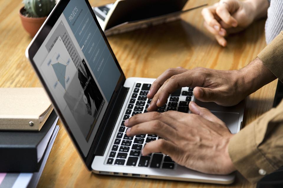 Испания намерена ввести налог на крупный цифровой бизнес