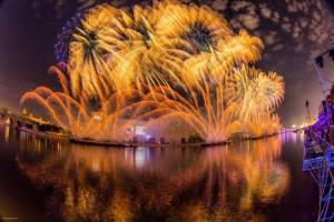 Светомузыкальные шоу скрасят осенние московские вечера